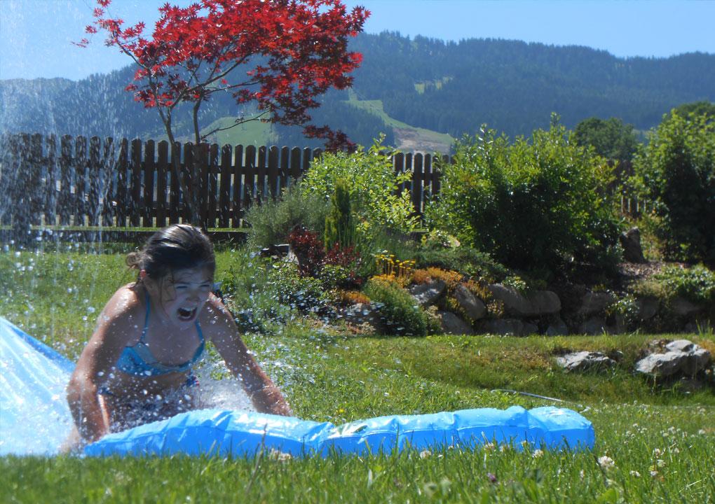 Aktivit ten sommer sporthof wo sich perfekte lage und famili re gem tliche atmosph re treffen - Wasserrutsche garten ...